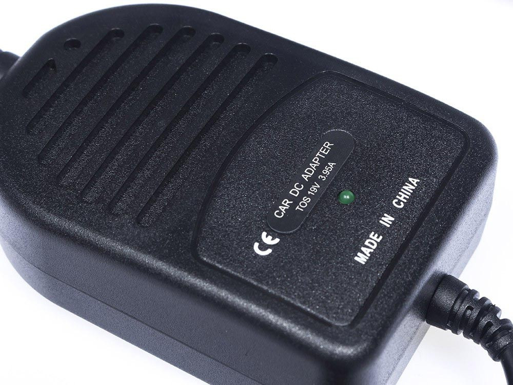 Green Cell CAD11 Adaptér Nabíječka do auta pro Toshiba Satellite A100 A200 A300 L300 L40 L100 M600 M601 M602 M600 19V 3.95A
